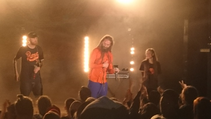 Cosmic, Promoe och Ayla skapar magi. Foto: Cajsa Broström