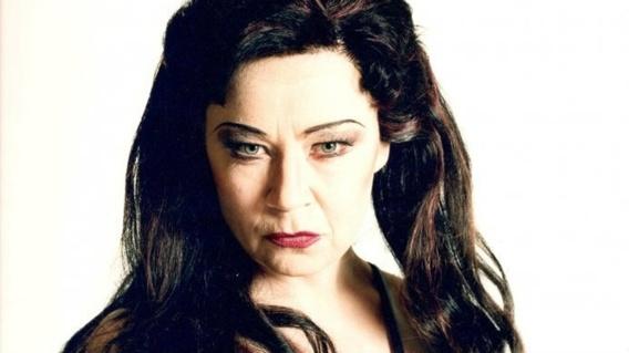 Ingrid Tobiasson som Kundry i Wagners Parsifal på Kungliga operan. Foto Mats Bäcker