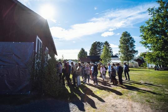Publiken på väg in till Skifsladan 2018 - foto Iman Khayyatan