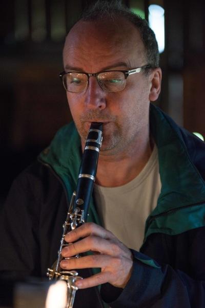 Anders Emilsson klarinett/dirigent. foto  Sarah Tehranian