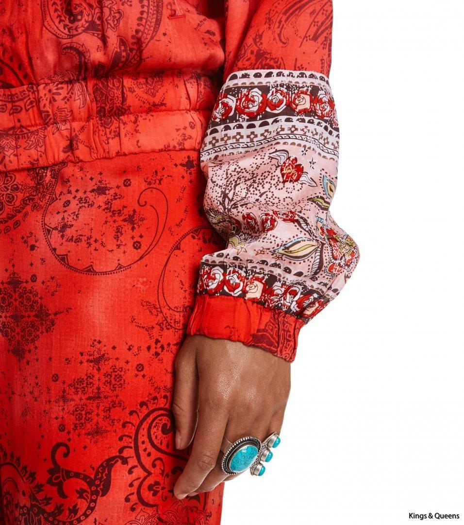 4048_fc68b1b3b9-617t-603-turned-on-jacket-red-detail-kopiera