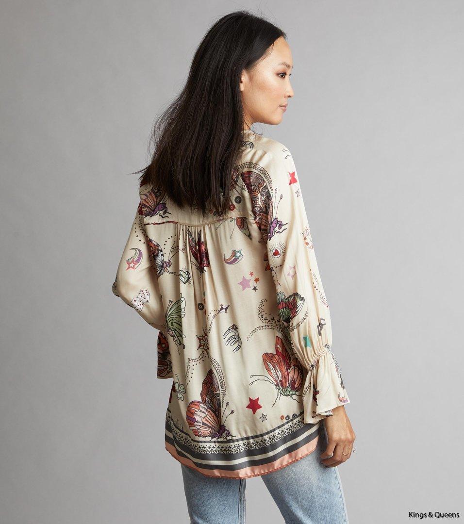4462_810a3b8cd7-118t-080-dearly-ls-blouse-light-porcelain-back