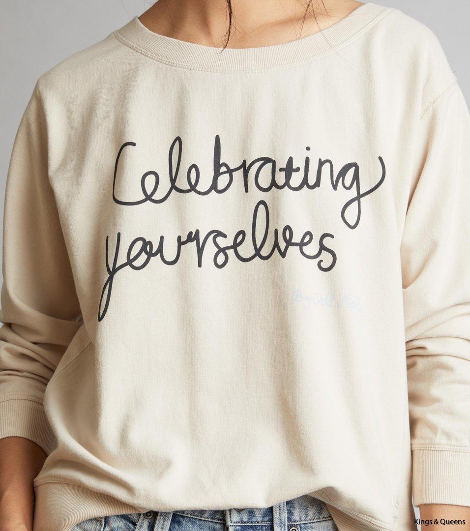 4404_3657af3915-118m-136-pleasant-sweater-light-porcelain-detail