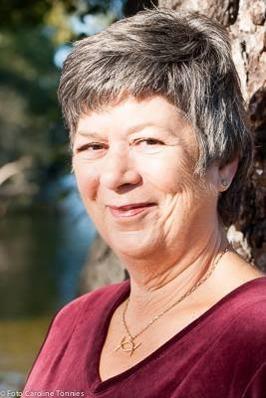 Kate Bradshaw Tauvon