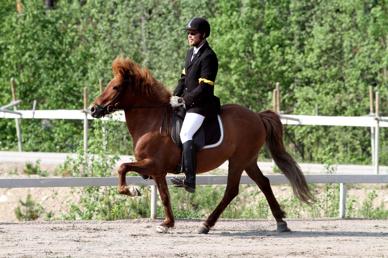 Kristofer och Gná på tävling 25 Maj 2014