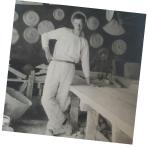Antoni Palmqvist i verkstaden vid Balder Liseberg.