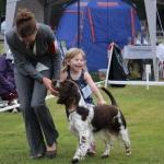 Jag, Jonna och coco i Barn med Hund och jag håller på att skratta ihjäl mig när vi springer...