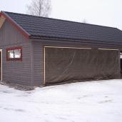 Garage med förråd