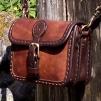 Liten bred handväska - brun