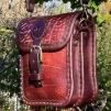 Liten hög handväska