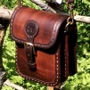 Liten hög handväska - rödbrun