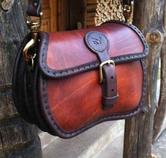 Rund handväska - rödbrun