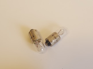 LAMPA 6V 4W BA9S
