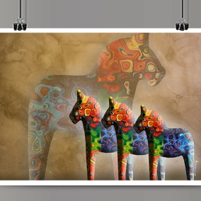 Färgglada dalahästar