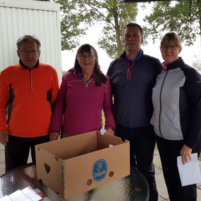 3.e plats: Team Hallsnäsvägen Owe Hördegård, Elsa C Lundin, Christopher Abramsson, Carola Fager Fingalsson