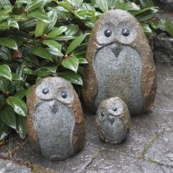 granitfigur uggla trädgårdskonst