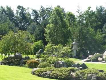 japansk trädgård japanska granithus zen