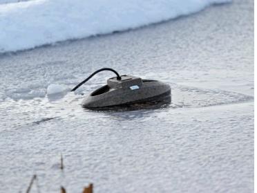 vinter i dammen , doppvärmare, oase thermo icefree
