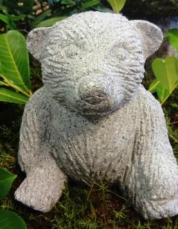 trädgårdskonst, granitbjörn , björn i natursten
