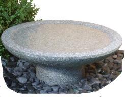 Fågelbad , granitfågelbad, fågelbad i natursten.