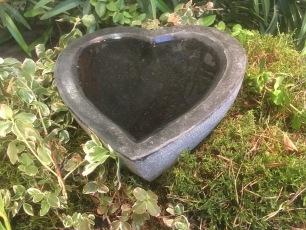 fågelbad, fågelbad i granit, naturfågelbad, småfåglar