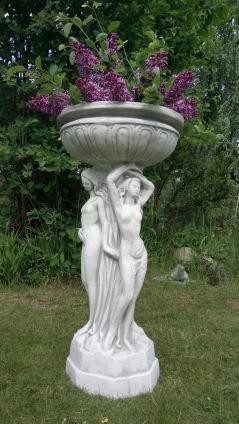 trädgårdskonst, trädgårdsstaty, vit marmorkonst,