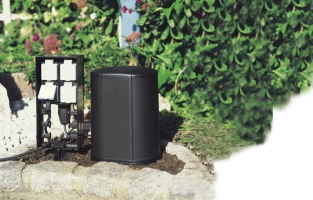 Oase Insenio 230V , kopplingssplint, trädgårdsdamm önnestad , springvatten