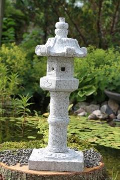 Japansk trädgård japanska granithus Kasuga zen trädgårdskons rogivande trädgård