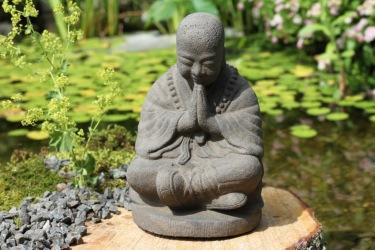 Trädgårdsfigur budda, trädgårdskonst munk