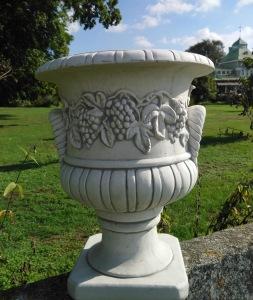 Staty Urna trädgårdskonst