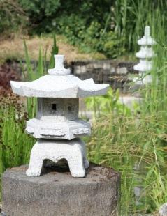 Den japanska trädgården natursten