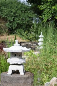Japansk trädgård ljusgrå granit