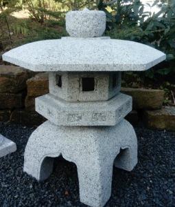 japansk trädgård stenhus i