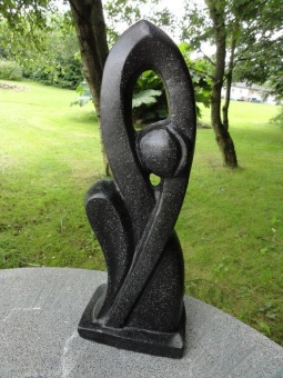 Trädgprdskosnt svart tersasso