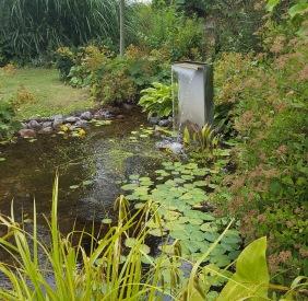 Bygga damm, dammprodukter önnestad, pumpar filter fontäner allt för dammen.