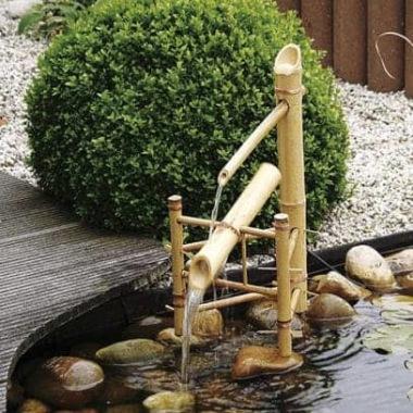 Bambu vattenpost, japansk trädgård