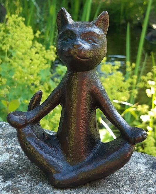 Trädgårdskonst Yoga katt