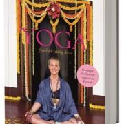 Yoga : fysisk och själslig detox av Karin Björkegren Jones