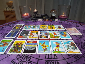 20 minute Tarot Reading, 1 situation/2 question - Pre-Recorded Video Reading - Reading In English