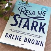 Resa sig stark  av Brené Brown