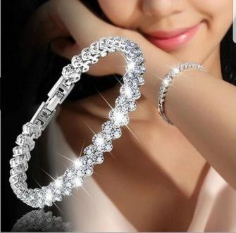 Crystal heart bracelet - 18 cm -