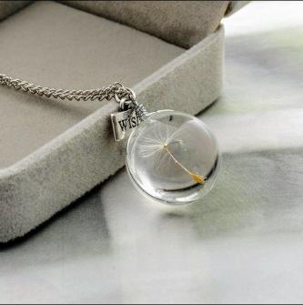 Handmade disc-shaped dandelion necklace -