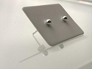 925 örhängen i silver - TUSSILAGO - 3 mm
