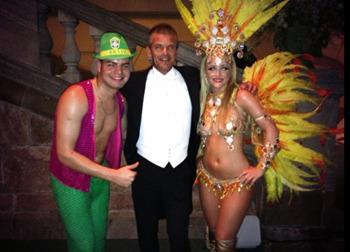 Samba Angels Armando och Connie med Jesper Parnevik på Princessan Madeleines Bröllop