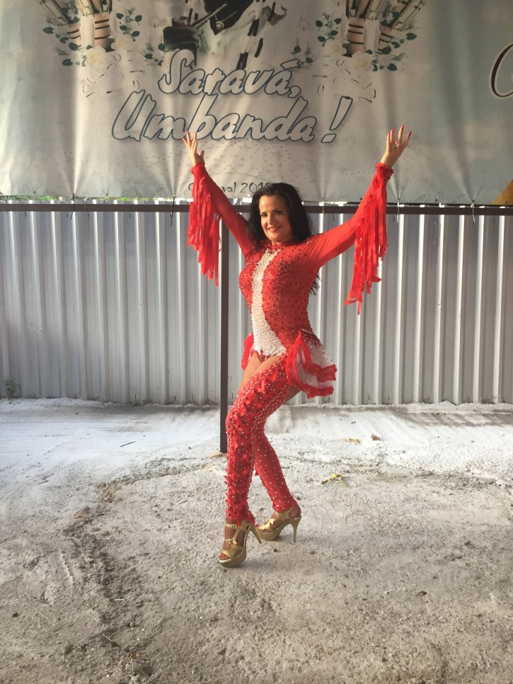 Backstage vid danstävling för musa position hos Alegria Zona Sul
