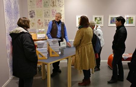 Stig Blom sålde signerade böcker på löpande band.