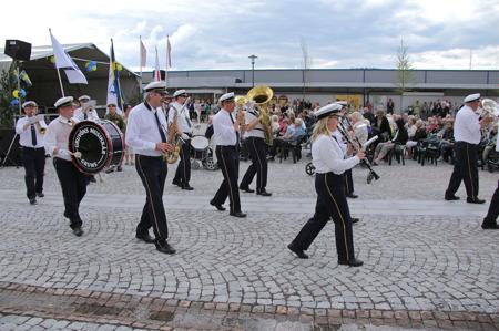 Gruvöns musikkår från Grums spelade.