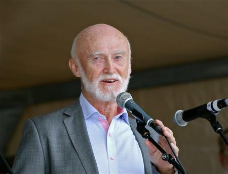 Kultur- och fritidsnämndens ordförande Lars Jonehög presenterade 2014 års kulturpristagare.