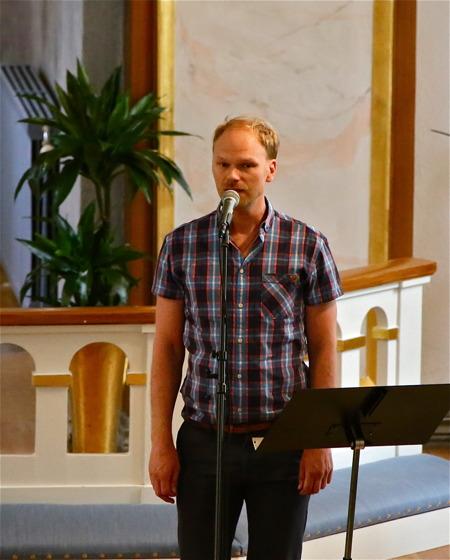 Tony Nilsson sjöng.