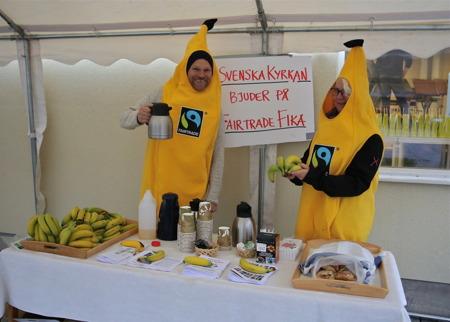 Svenska kyrkan bjöd på Fairtrade fika.